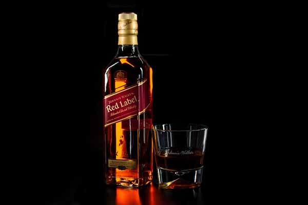 Red label whiskey